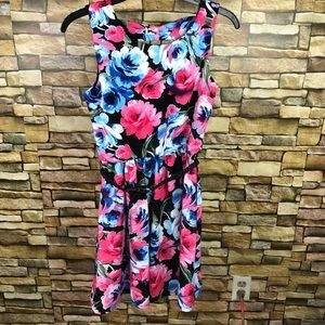 Lily Rose floral belted dress SZ Small